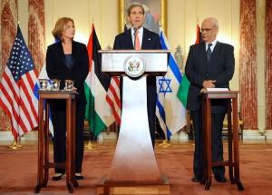 Secretary Kerry, Minister Livni and and Palestinian Chief Negotiator Erekat