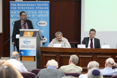 Dr. Shlomo Shpiro speaks at the conference opening aside Prof. Efraim Inbar and Dr. Jürgen Nielsen-Sikora.
